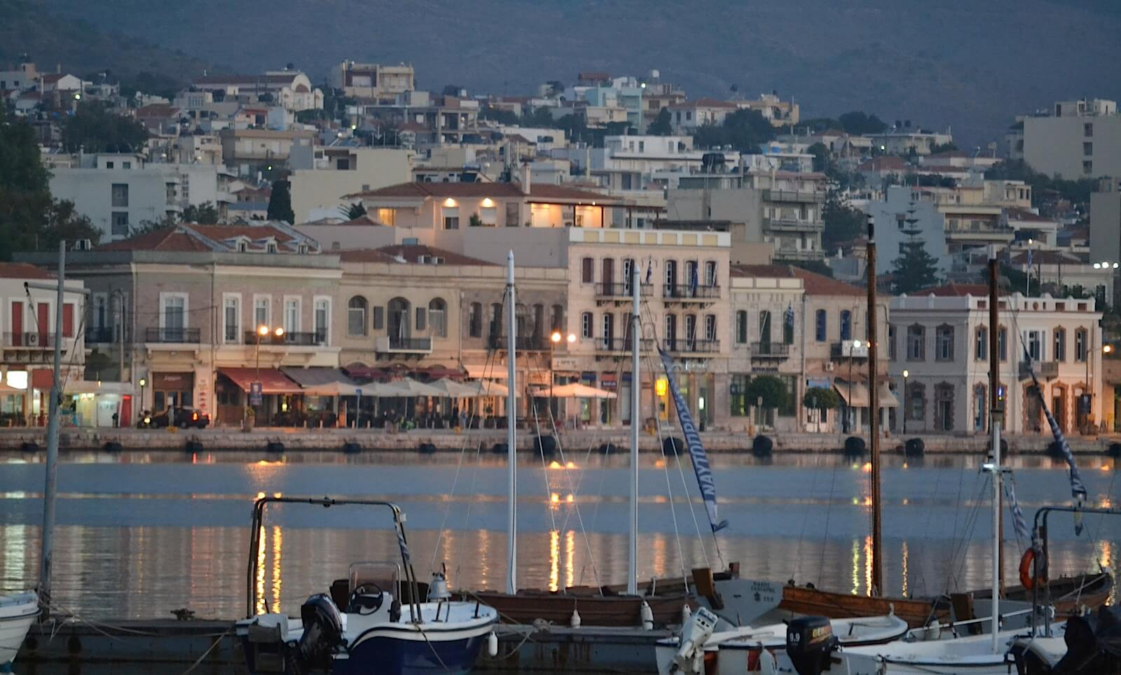Χίος: Στην πολύπαθη Μυροβόλο του Αιγαίου