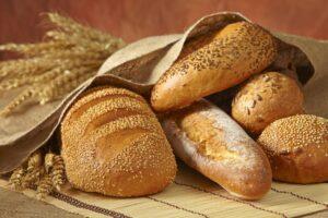 Διατηρήστε το ψωμί τουλάχιστον τις πρώτες μέρες εκτός ψυγείου.