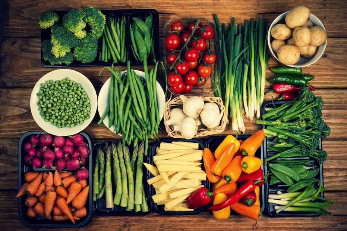 Τα 12 πιο μολυσμένα φρούτα και λαχανικά