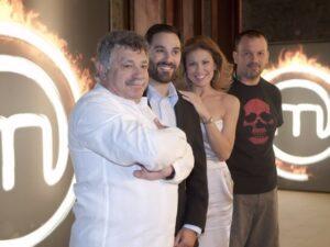 Το «Master Chef» με παρουσιάστρια την Ευγενία Μανωλίδου και κριτές τους Λευτέρη Λαζάρου, Γιάννη Λουκάκο και Δημήτρη Σκαρμούτσο.