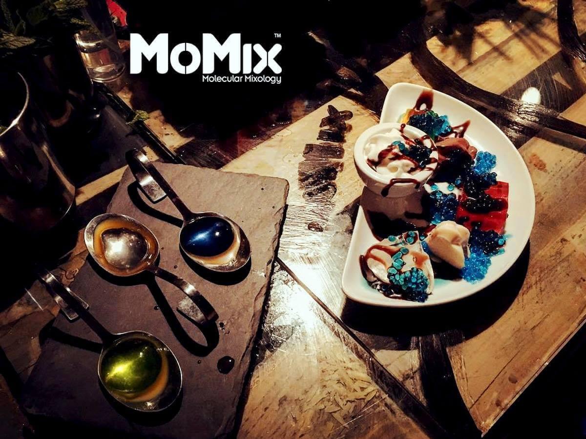 Momix: Ξενάγηση στη μοριακή αναμειξιολογία