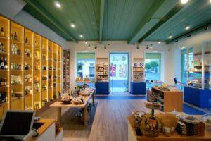Το κατάστημα της Green & Blu στην καρδιά της Κυπαρισσίας