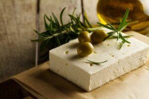 Ελληνικά τυριά, μία ιερή τροφή με παράδοση