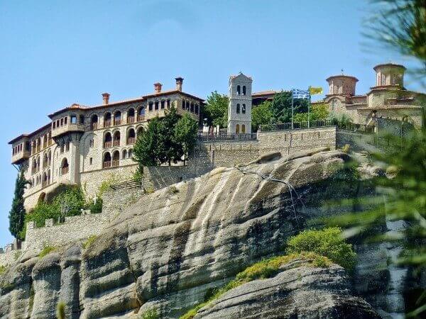 Μετέωρα: στα μοναστικά βράχια της Θεσσαλίας