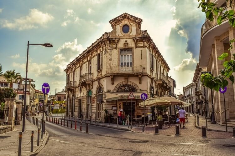 H Λεμεσός είναι η δεύτερη μεγαλύτερη πόλη της Κύπρου