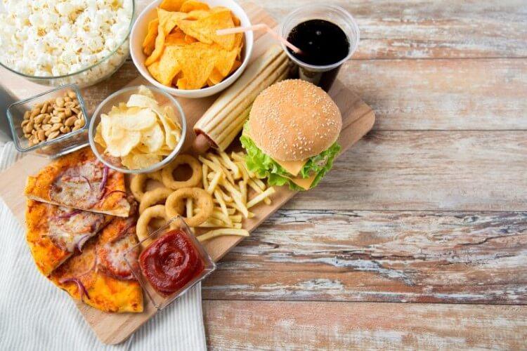 Ο συνδυασμός αναψυκτικού και φαγητού παχαίνει
