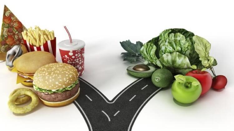 Πρόσφατη μελέτη φέρνει νέες αποδείξεις για τον ρόλο που παίζουν τα κατεργασμένα τρόφιμα στον κίνδυνο εμφάνισης καρκίνου.