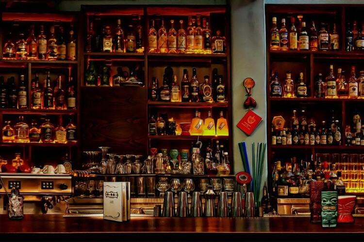 Στην κορυφή του κόσμου δύο ελληνικά μπαρ
