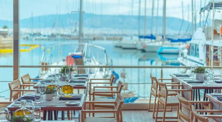 Το διάσημο εστιατόριο της Αθήνας,Βαρούλκο συμπληρώνει 30 χρόνια επιτυχημένης λειτουργίας