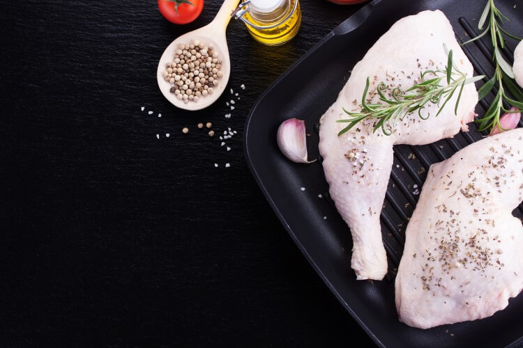 Ποιες είναι οι οδηγίες αγοράς και η σωστή συντήρηση για το κοτόπουλο
