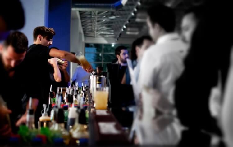 Οι δραστηριότητες της «Three Dots and a Dash» επικεντρώνονται στο bar catering και το bar consulting.