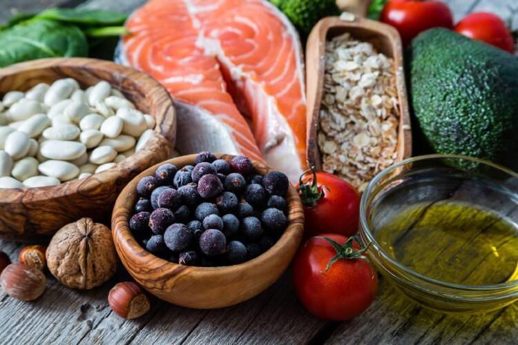 Νέα έρευνα συνδέει τη μείωση του αλατιού και την διατροφή DASH με την διαχείριση της αρτηριακής πίεσης.
