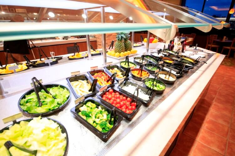 «Τροφή από Τρόφιμα»: Παράγουν ζωοτροφές από τα υπολείμματα τροφίμων ξενοδοχείων