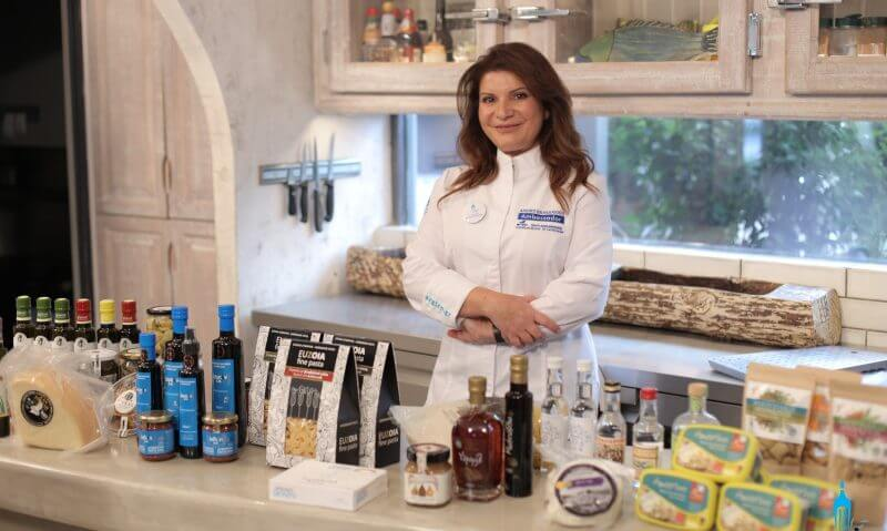 Μία ξεχωριστή γαστρονομική εμπειρία διαδραματίζεται στην κουζίνα του «Μαγειρεύουμε Ελλάδα»