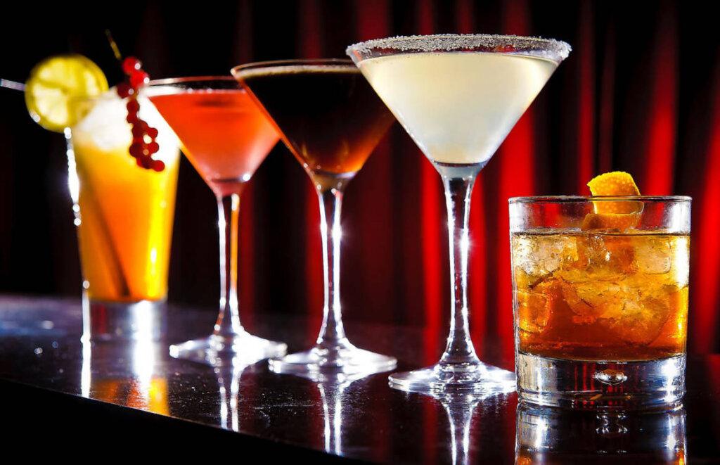 Το 2023 θα επιστρέψει η παγκόσμια αγορά αλκοολούχων στα προ Covid-19 επίπεδα
