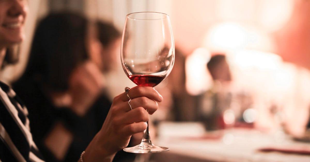 Από τις πιο ακριβές χώρες της Ευρώπης στα αλκοολούχα ποτά η Ελλάδα